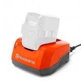 Зарядное устройство Husqvarna QC500. Быстрая зарядка аккумуляторов Husqvarna большой ёмкости. Потребляемая мощность 500Вт.  - фото